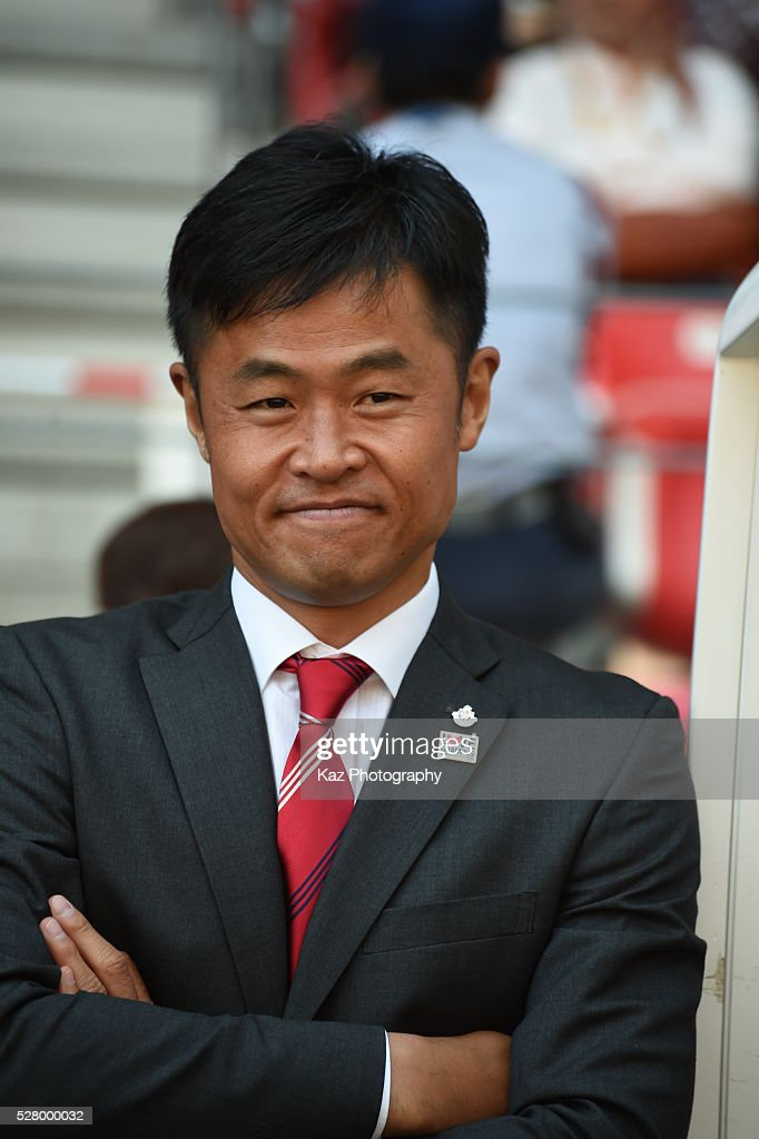 Takafumi Ogura, manager of Nagoya Grampus during the J.League match between Nagoya Grampus and Yokohama F.Marinos at the Toyota Stadium on May 4, 2016 in Toyota, Aichi, Japan.