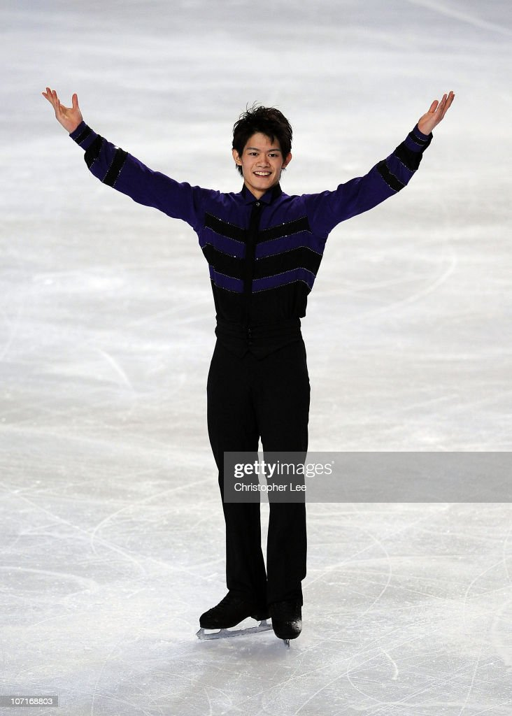 <a gi-track='captionPersonalityLinkClicked' href=/galleries/search?phrase=Takahiko+Kozuka&family=editorial&specificpeople=686867 ng-click='$event.stopPropagation()'>Takahiko Kozuka</a> of Japan salutes the fans after he performs in the Mens Free Skating Program during the ISU GP Trophee Eric Bompard 2010 at the Palais omnisport de Paris Bercy on November 27, 2010 in Paris, France.