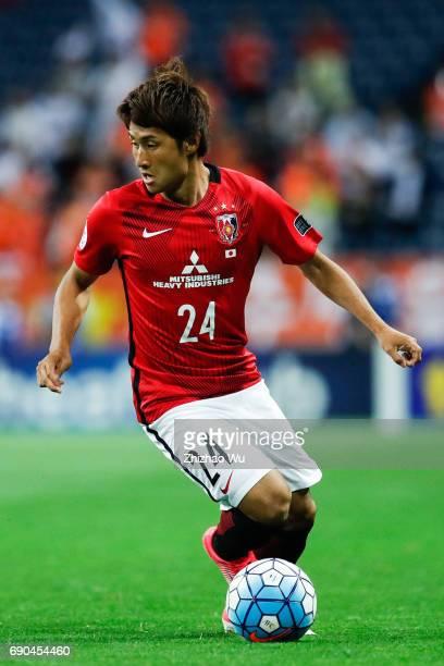 Takahiro Sekine of Urawa Reds Diamonds controls the ball during the AFC Champions League Round of 16 match between Urawa Red Diamonds and Jeju United...