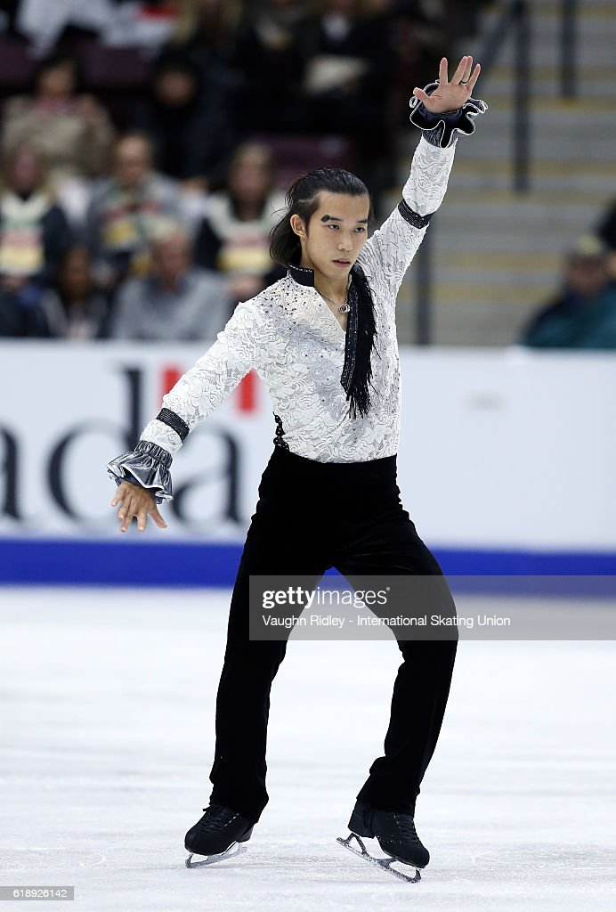 Takahito Mura of Japan competes in the Men Short Program during the ISU Grand Prix of Figure Skating Skate Canada International at Hershey Centre on October 28, 2016 in Mississauga, Canada.