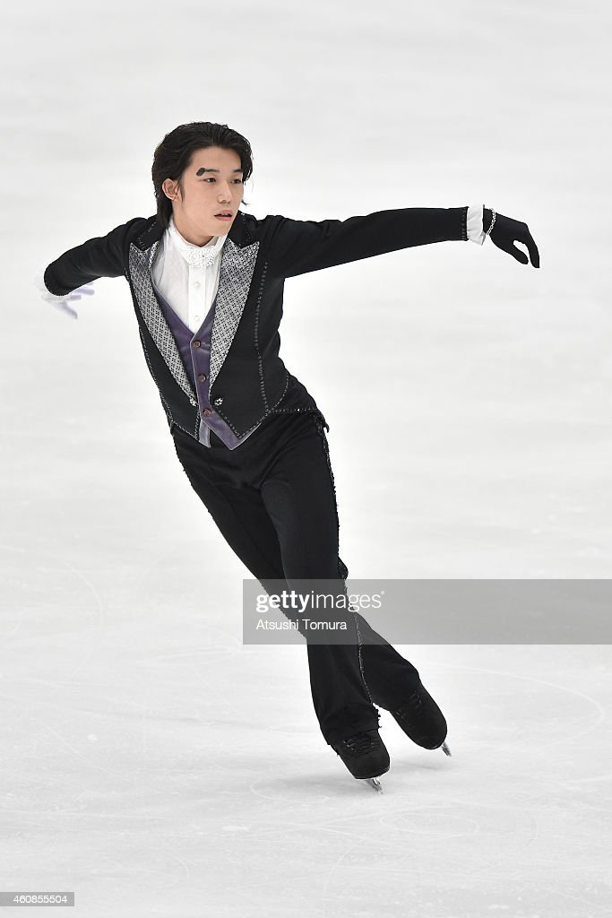 <a gi-track='captionPersonalityLinkClicked' href=/galleries/search?phrase=Takahito+Mura&family=editorial&specificpeople=5621586 ng-click='$event.stopPropagation()'>Takahito Mura</a> of Japan competes in the Men's Free Skating during the 83rd All Japan Figure Skating Championships at the Big Hat on December 27, 2014 in Nagano, Japan.