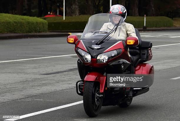 Honda motorrad stock fotos und bilder getty images for Honda motor company stock