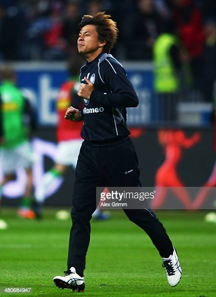 Takashi Inui of Frankfurt warms up for the Bundesliga match between Eintracht Frankfurt and Borussia Moenchengladbach at Commerzbank Arena on March...
