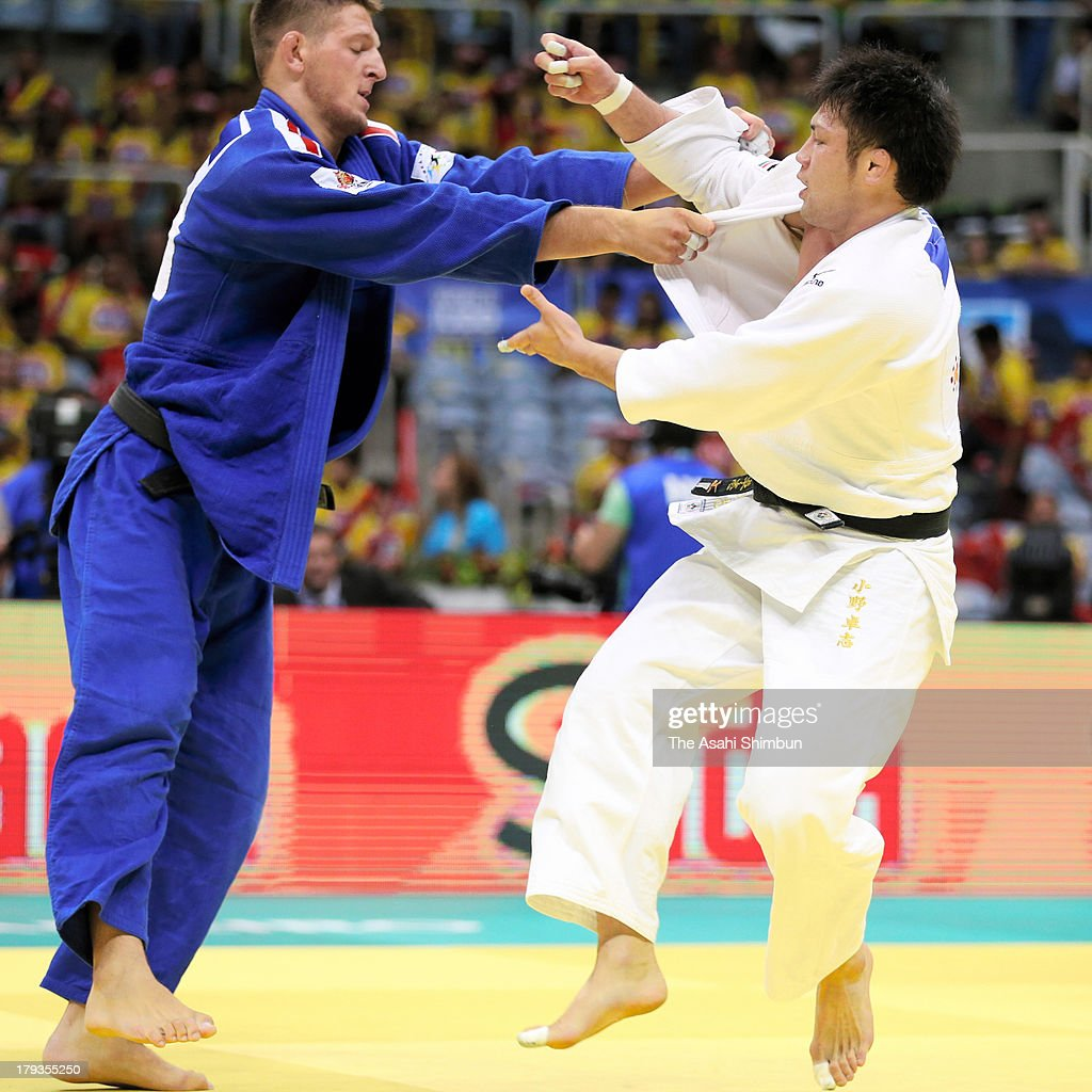 Takashi Ono (R) of Japan and Lukas Krpalek of the Czech Republic compete in the Men's 100kg bronze medal match during day six of the IJF World Judo Championship at the Maracanazinho gymnasium on August 31, 2013 in Rio de Janeiro, Brazil.