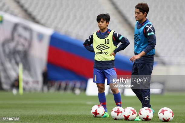 Takefusa Kubo of FC Tokyo warms up prior to the JLeague Levain Cup Group A match between FC Tokyo and Consadole Sapporo at Ajinomoto Stadium on May 3...