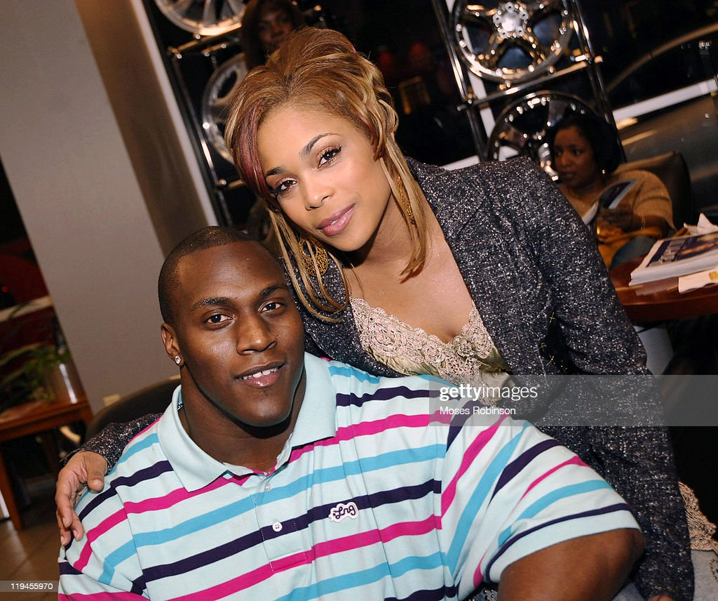 Takeo spikes dating t boz