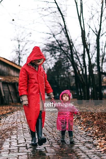 Assunzione di una famiglia a piedi