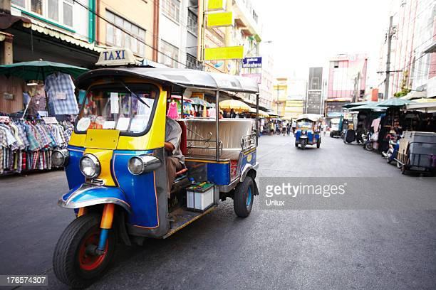 Taking a taxi Thai-style