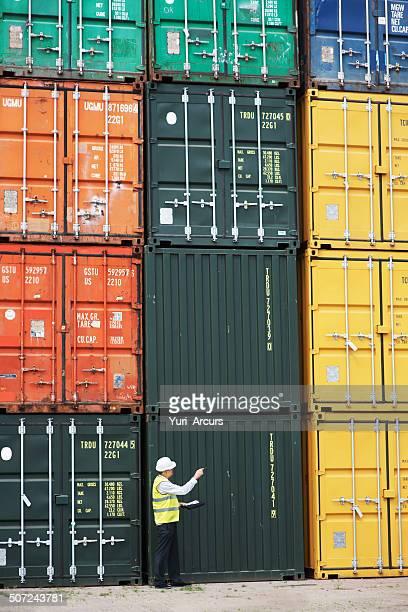 Prendre la douane travail au sérieux