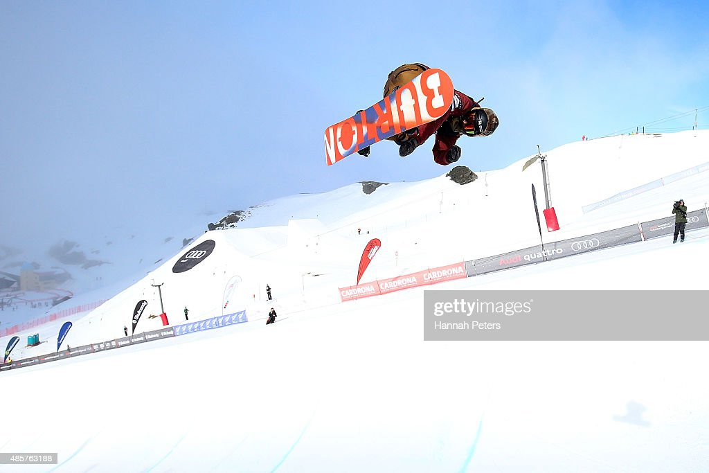 <a gi-track='captionPersonalityLinkClicked' href=/galleries/search?phrase=Taku+Hiraoka&family=editorial&specificpeople=7152528 ng-click='$event.stopPropagation()'>Taku Hiraoka</a> of Japan competes in the FIS Snowboard World Cup Halfpipe Finals during the Winter Games NZ at Cardrona Alpine Resort on August 30, 2015 in Wanaka, New Zealand.