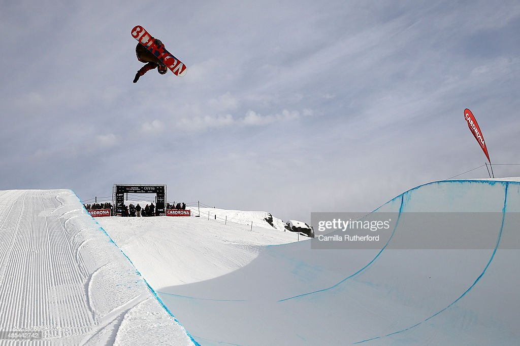 <a gi-track='captionPersonalityLinkClicked' href=/galleries/search?phrase=Taku+Hiraoka&family=editorial&specificpeople=7152528 ng-click='$event.stopPropagation()'>Taku Hiraoka</a> of Japan competes in the FIS Snowboard World Cup Halfpipe Qualification during the Winter Games NZ at Cardrona Alpine Resort on August 28, 2015 in Wanaka, New Zealand.
