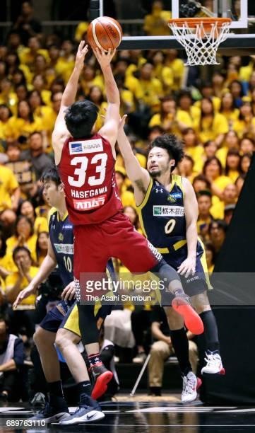 Takumi Hasegawa of Kawasaki Brave Thunders attempts a shot during the B League Championship final match between Kawasaki Brave Thunders and Tochigi...