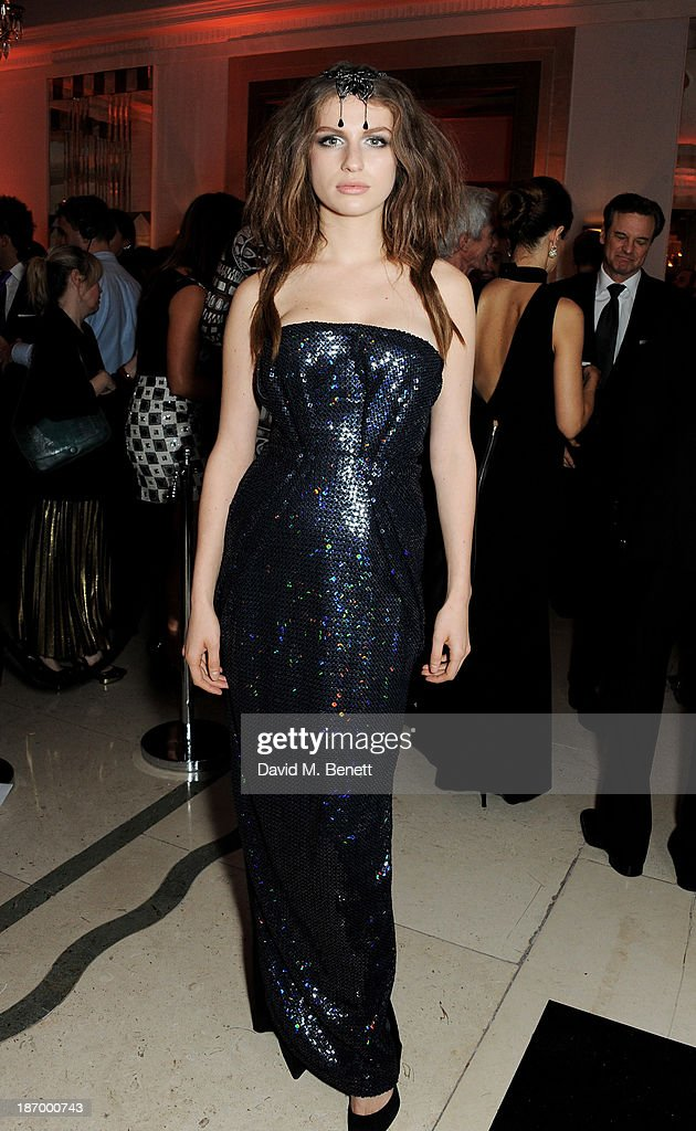 Harper's Bazaar Woman Of The Year Awards - Inside Arrivals
