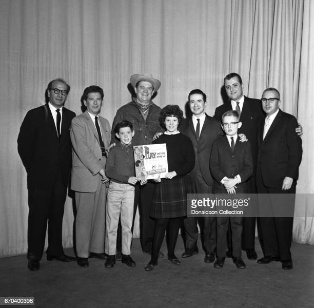 Talk show host Joe Franklin with guests on the set of his show on WABCTV on December 22 1961 in New York