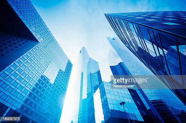 トール超高層ビルから、低角度のビュー