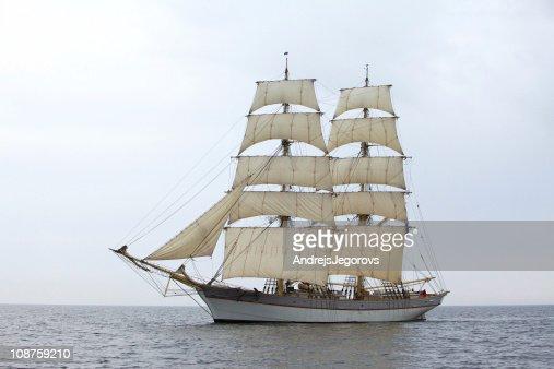 Tallship Tre Kronor at sea
