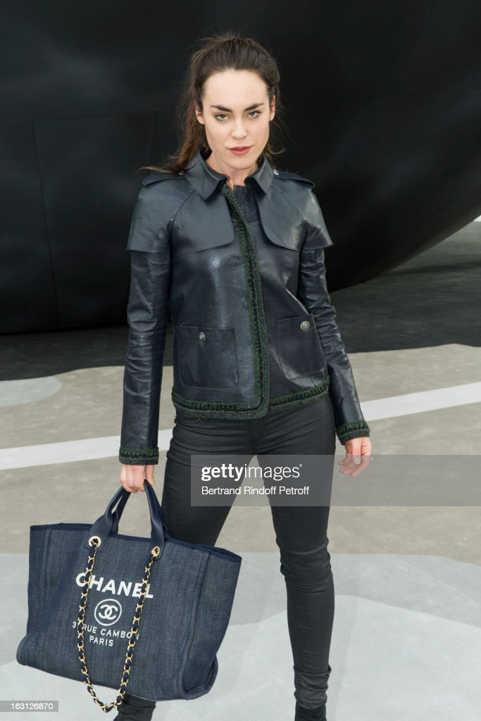 <a gi-track='captionPersonalityLinkClicked' href=/galleries/search?phrase=Tallulah+Harlech&family=editorial&specificpeople=5521162 ng-click='$event.stopPropagation()'>Tallulah Harlech</a> attends the Chanel Fall/Winter 2013 Ready-to-Wear show as part of Paris Fashion Week at Grand Palais on March 5, 2013 in Paris, France.