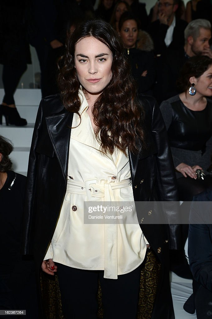 <a gi-track='captionPersonalityLinkClicked' href=/galleries/search?phrase=Tallulah+Harlech&family=editorial&specificpeople=5521162 ng-click='$event.stopPropagation()'>Tallulah Harlech</a> attends the Versace fashion show during Milan Fashion Week Womenswear Fall/Winter 2013/14 on February 22, 2013 in Milan, Italy.