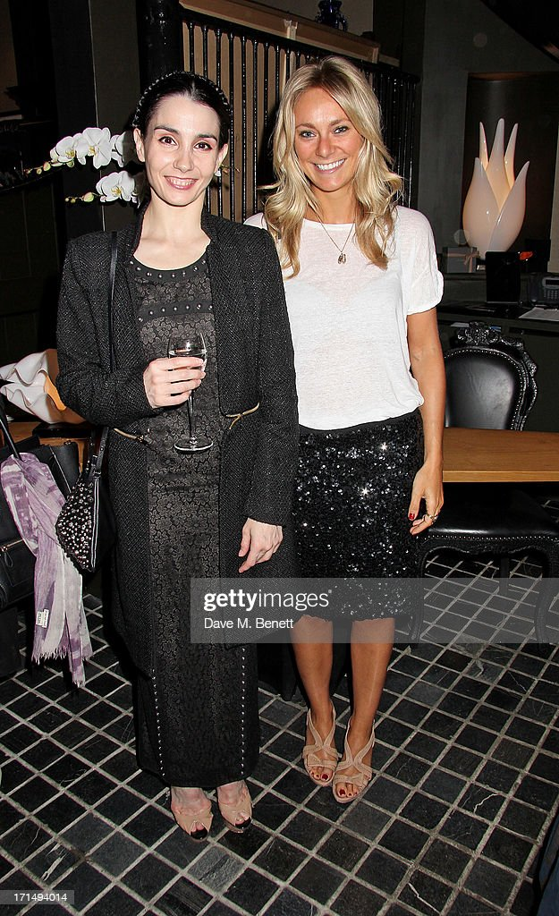 <a gi-track='captionPersonalityLinkClicked' href=/galleries/search?phrase=Tamara+Rojo&family=editorial&specificpeople=2090804 ng-click='$event.stopPropagation()'>Tamara Rojo</a> (L) and Alice Stone attend an exclusive preview of the 'Thomas Campbell Paints Lily and Lionel' collection of wearable art, in association with the English National Ballet, at CoutureLab on June 25, 2013 in London, England.