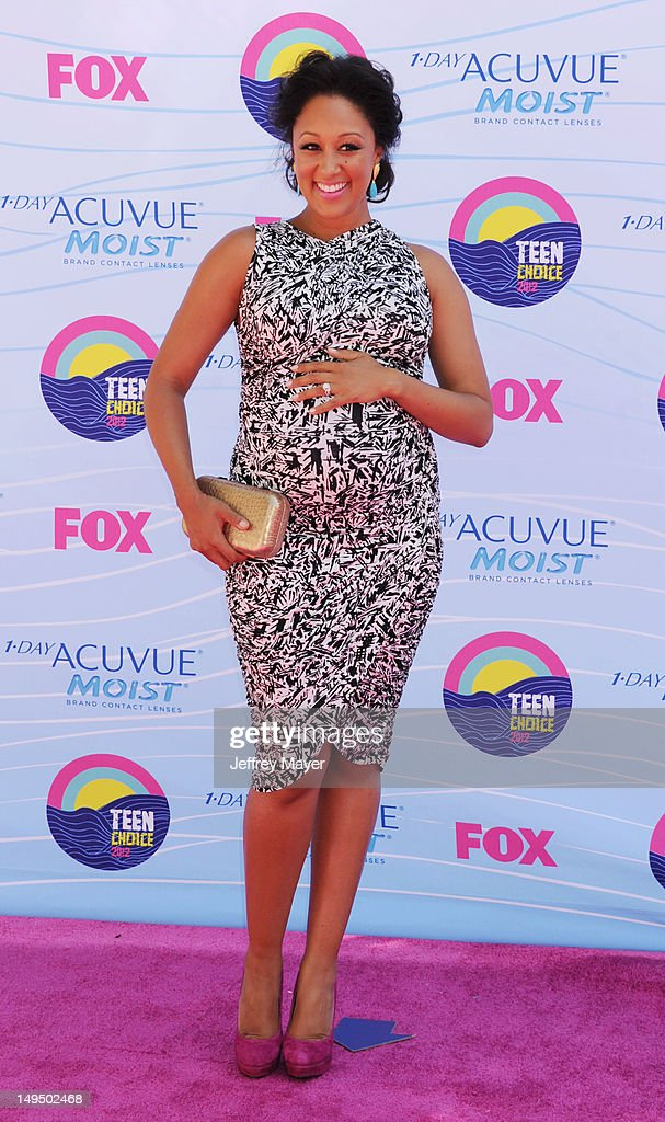 Tamera Mowry arrives at the 2012 Teen Choice Awards at Gibson Amphitheatre on July 22, 2012 in Universal City, California.