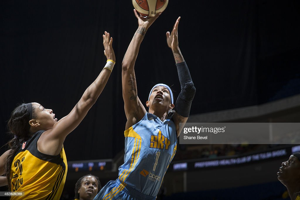 <a gi-track='captionPersonalityLinkClicked' href=/galleries/search?phrase=Tamera+Young&family=editorial&specificpeople=5120885 ng-click='$event.stopPropagation()'>Tamera Young</a> #1 of the Chicago Sky shoots against the Tulsa Shock during the WNBA game on July 27, 2014 at the BOK Center in Tulsa, Oklahoma.