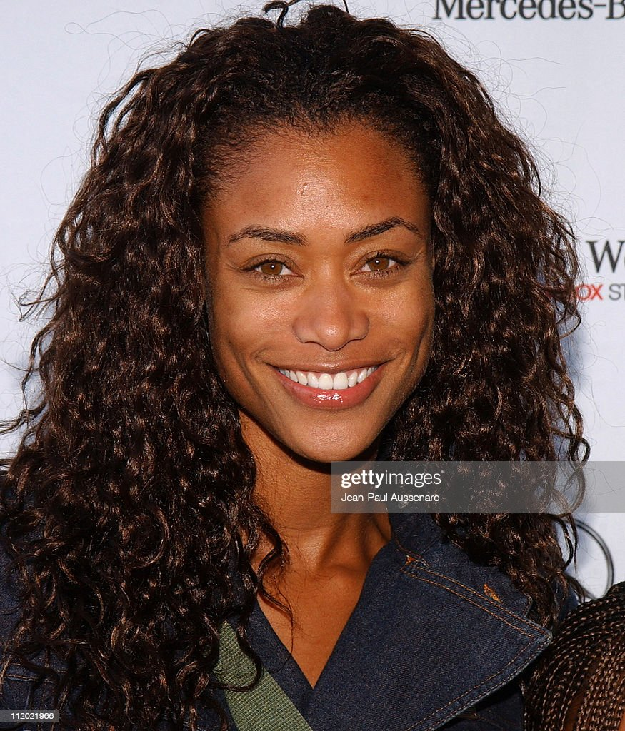 Mercedes-Benz Spring 2005 Fashion Week at Smashbox Studios - Day 5 - Arrivals