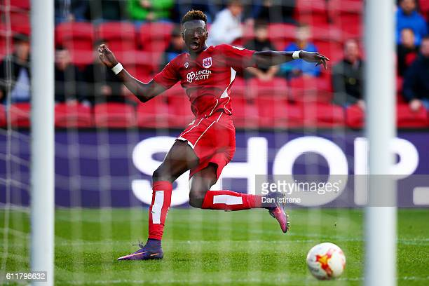 Tammy Abraham of Bristol City scores his team's first goal during the Sky Bet Championship match between Bristol City and Nottingham Forest at Ashton...