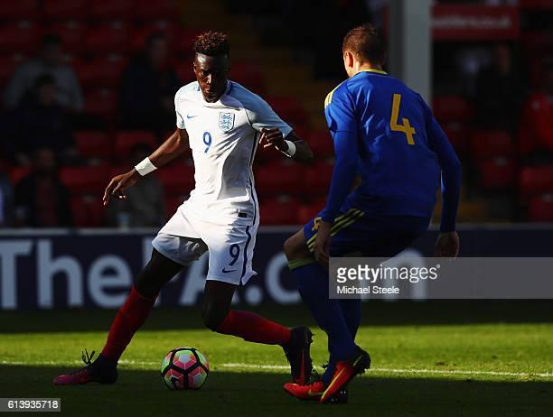 Tammy Abraham of England U21 takes on Sinisa Sanicanin of Bosnia and Herzegovina U21 during the UEFA European U21 Championship Group 9 qualifying...