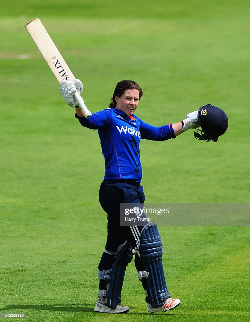 <a gi-track='captionPersonalityLinkClicked' href=/galleries/search?phrase=Tammy+Beaumont&family=editorial&specificpeople=6872444 ng-click='$event.stopPropagation()'>Tammy Beaumont</a> of England celebrates her century during the 3rd Royal Royal London ODI between England Women and Pakistan Women at The Cooper Associates County Ground on June 27, 2016 in Somerset, United Kingdom.