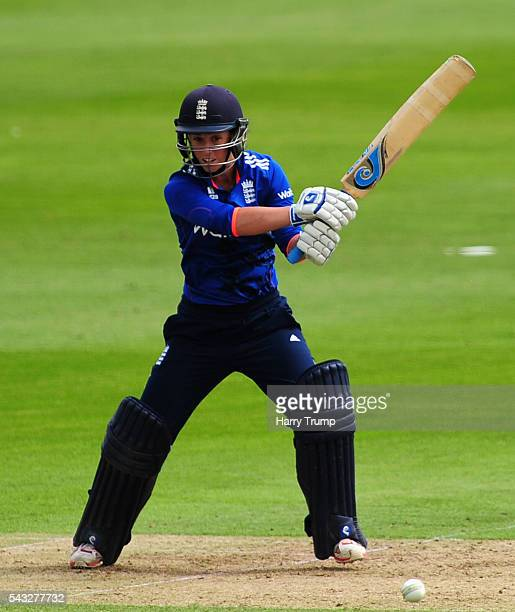 Tammy Beaumont of England cuts the ball during the 3rd Royal Royal London ODI between England Women and Pakistan Women at The Cooper Associates...