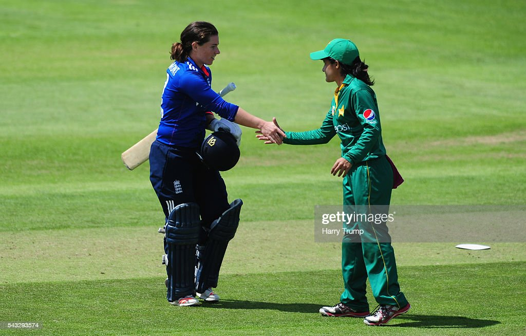 <a gi-track='captionPersonalityLinkClicked' href=/galleries/search?phrase=Tammy+Beaumont&family=editorial&specificpeople=6872444 ng-click='$event.stopPropagation()'>Tammy Beaumont</a> of England (L) is congratulated by <a gi-track='captionPersonalityLinkClicked' href=/galleries/search?phrase=Javeria+Khan&family=editorial&specificpeople=5745485 ng-click='$event.stopPropagation()'>Javeria Khan</a> of Pakistan Women after scoring 168 not out during the 3rd Royal Royal London ODI between England Women and Pakistan Women at The Cooper Associates County Ground on June 27, 2016 in Somerset, United Kingdom.