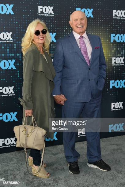 Tammy Bradshaw and former professional football player and commentator Terry Bradshaw attend the 2017 FOX Upfront at Wollman Rink on May 15 2017 in...