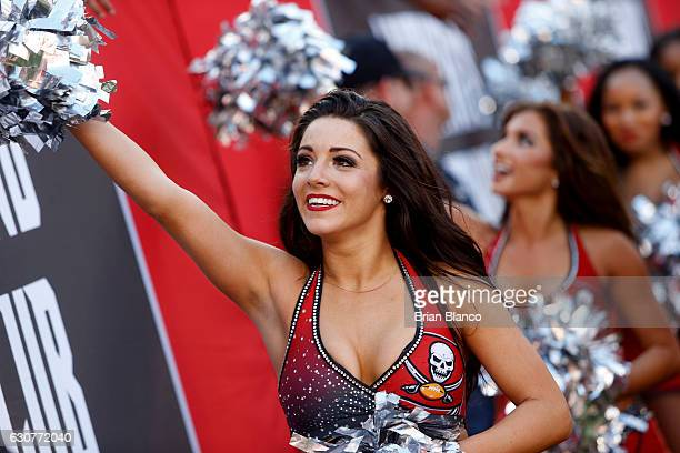 Tampa Bay Buccaneers cheerleaders perform for the crowd during the fourth quarter of an NFL game against the Carolina Panthers on January 1 2017 at...