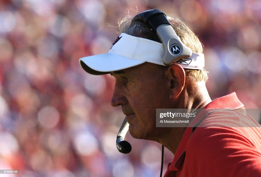 Tampa Bay Buccaneers defensive coordinator Monte Kiffin watches play at Raymond James Stadium in Tampa Florida November 21 2004 The Buccaneers...