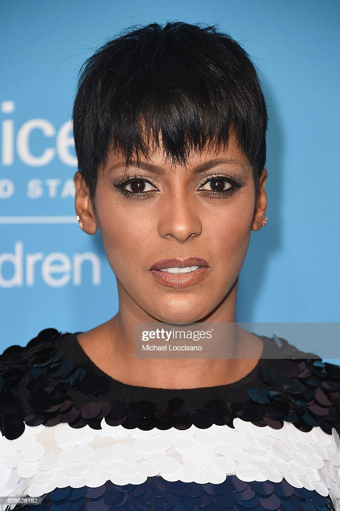 Tamron Hall attends the 12th Annual UNICEF Snowflake Ball at Cipriani Wall Street on November 29, 2016 in New York City.