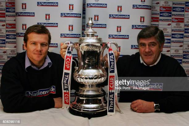 Tamworth manager Mark Cooper and Nuneaton Borough manager Roger Ashby with the FA Cup during a press conference in Tamworth Monday January 16 2006...