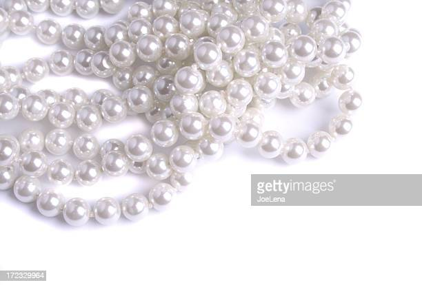 A tangled white pearl Necklace