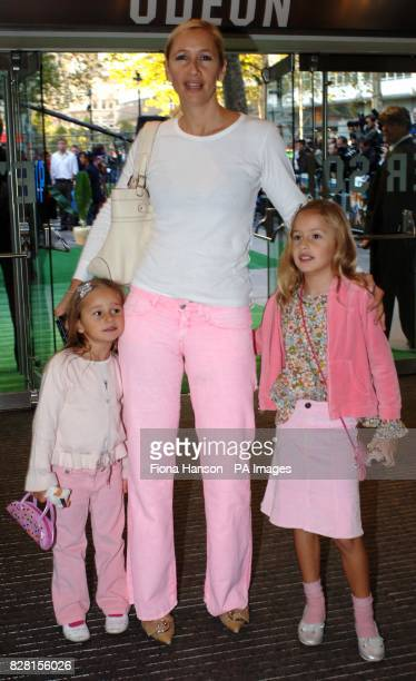Tania Bryer arrives with her daughters