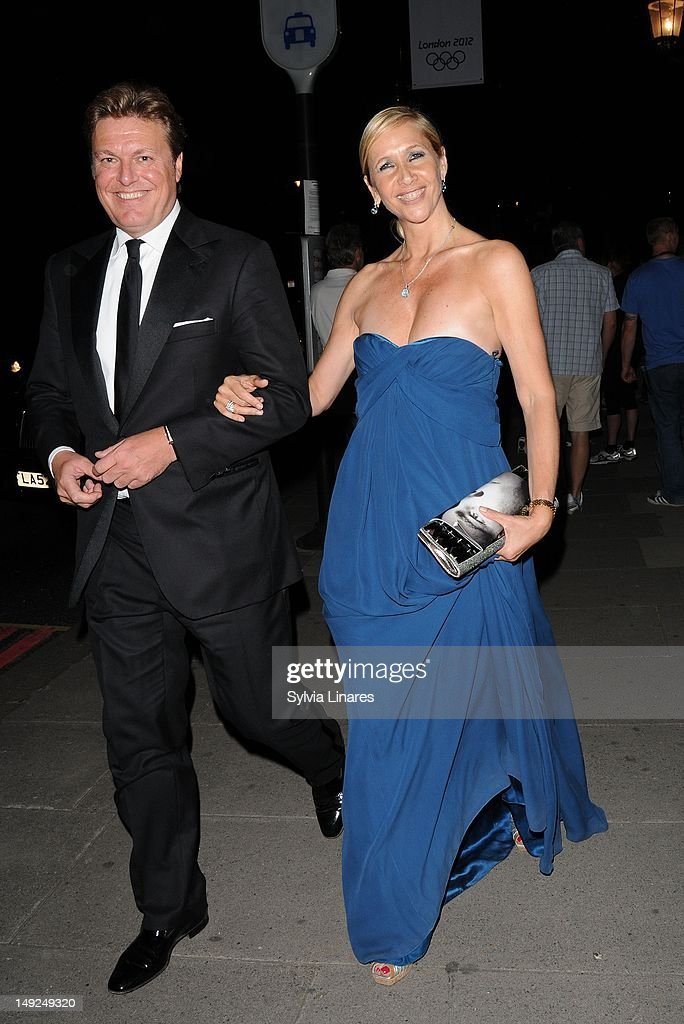 <a gi-track='captionPersonalityLinkClicked' href=/galleries/search?phrase=Tania+Bryer&family=editorial&specificpeople=160880 ng-click='$event.stopPropagation()'>Tania Bryer</a> leaving The V&A Museum on July 25, 2012 in London, England.