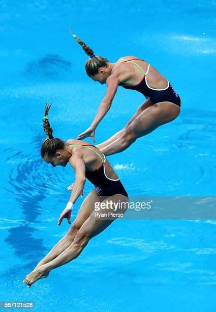 Tania Cagnotto and Francesca Dallape of Italy competes in the Women's Diving Synchronised 3m Springboard Final on Day 2 of the Rio 2016 Olympic Games...
