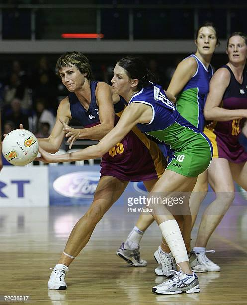 Tania Dalton of Southland and Anna Scarlett of Auckland Waitakere compete for the ball during the Scottwood Trust Netball Championships semifinal...