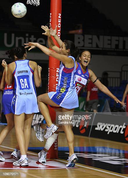 Tania Dalton of the Steel passes the rebound during the round one ANZ Championship match between the Northern Mystics and the Southern Steel at The...