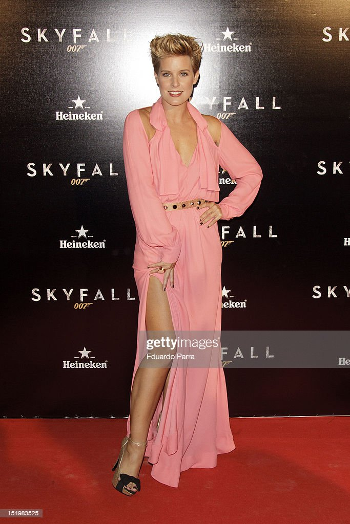 Tania Llasera attends the 'Skyfall' photocall premiere at Santa Ana Square on October 29, 2012 in Madrid, Spain.