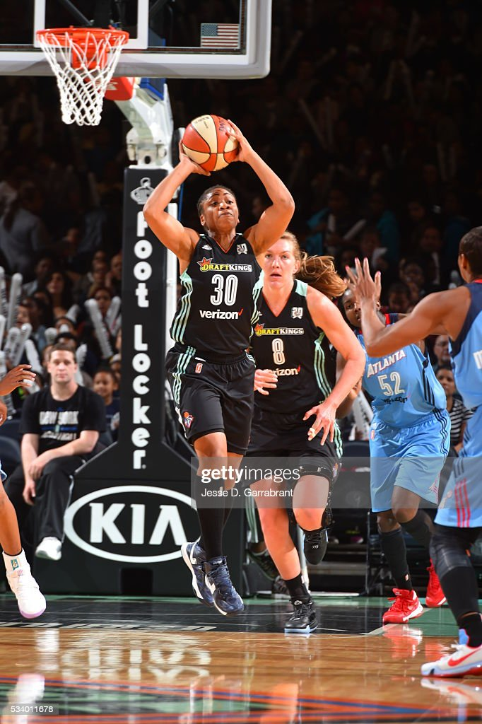 <a gi-track='captionPersonalityLinkClicked' href=/galleries/search?phrase=Tanisha+Wright&family=editorial&specificpeople=541423 ng-click='$event.stopPropagation()'>Tanisha Wright</a> #30 of the New York Liberty handles the ball against the Atlanta Dream on May 24, 2016 at Madison Square Garden in New York City, New York.
