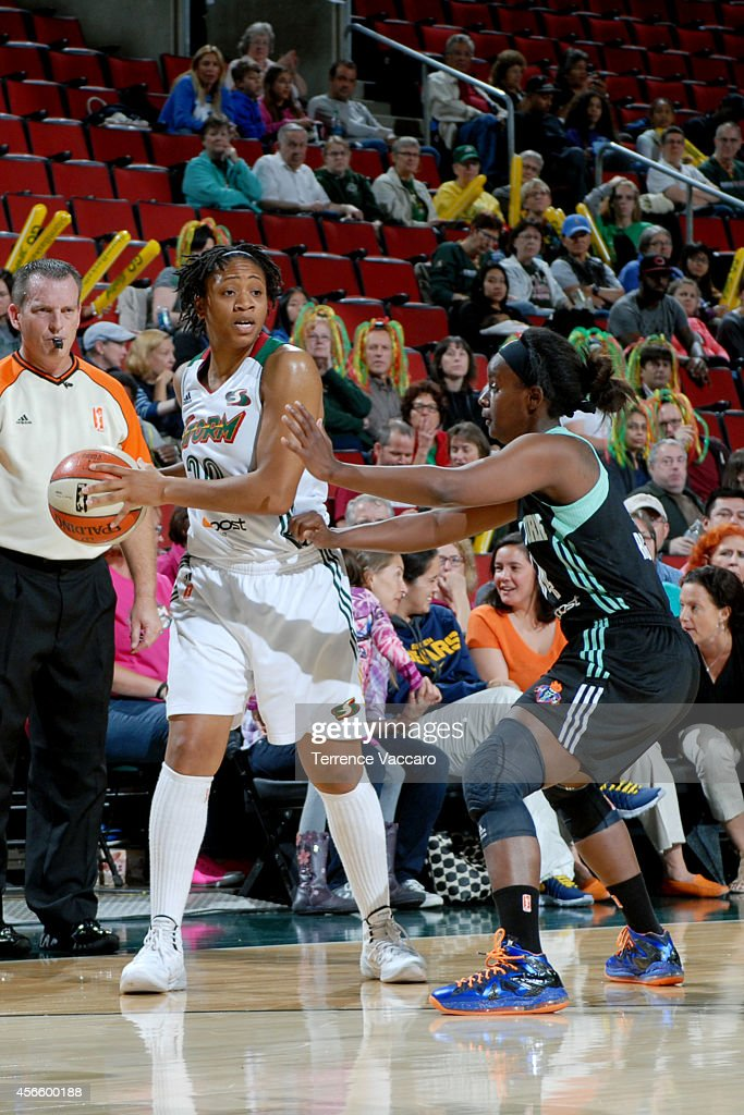 <a gi-track='captionPersonalityLinkClicked' href=/galleries/search?phrase=Tanisha+Wright&family=editorial&specificpeople=541423 ng-click='$event.stopPropagation()'>Tanisha Wright</a> #30 of the Seattle Storm handles the ball against the New York Liberty on July 24,2014 at Key Arena in Seattle, Washington.