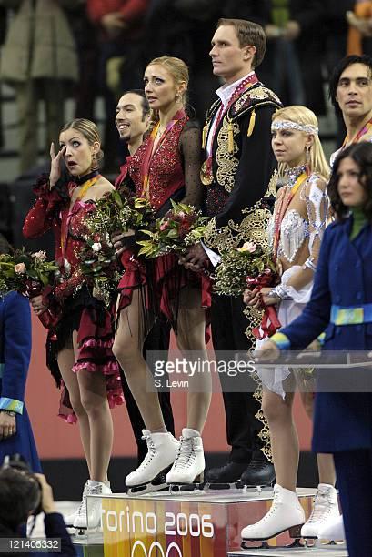 Tanith Belbin Benjamin AgostoTatiana Navka Roman Kostomarov Elena Gruhina and Olivier Schoenfelder during the Ice Dancing Free Skate Program at the...