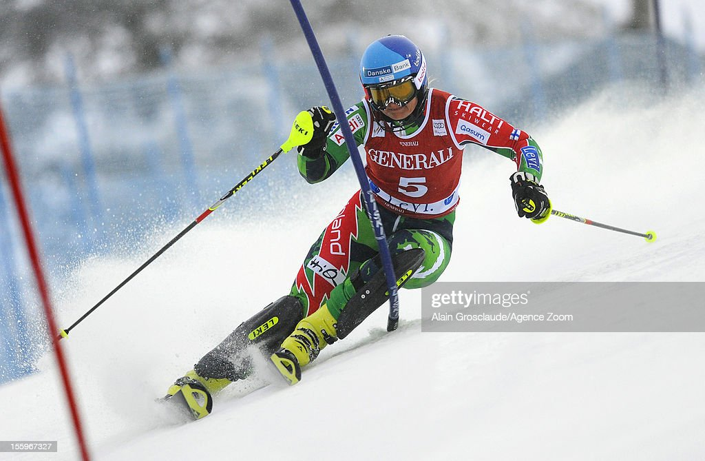 <a gi-track='captionPersonalityLinkClicked' href=/galleries/search?phrase=Tanja+Poutiainen&family=editorial&specificpeople=215271 ng-click='$event.stopPropagation()'>Tanja Poutiainen</a> of Finland competes during the Audi FIS Alpine Ski World Cup Women's Slalom on November 10, 2012 in Levi, Finland.