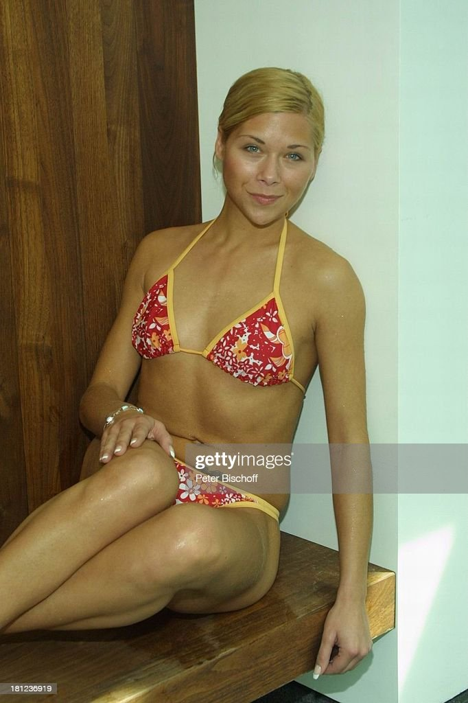 Sportlerinnen Im Bikini