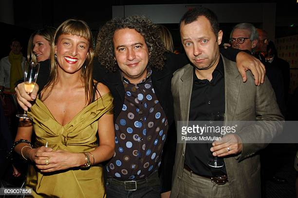 Tanya Donakpor Ernesto Neto and Vik Muniz attend American Patrons of the Tate Artists Dinner at Riverfront Pavilion on May 8 2007 in New York City