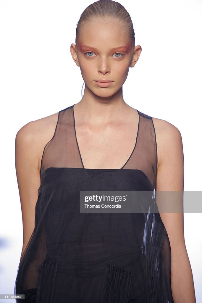 Olympus Fashion Week Spring 2007 - Calvin Klein - Runway